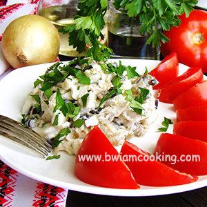 Салат из баклажанов с курицей и яйцом – ВИДЕО