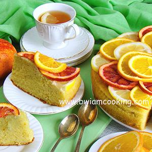 Пирог со сметаной и красными апельсинами