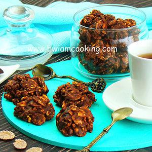 Печенье шоколадное из кукурузных хлопьев