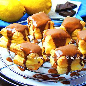 Пирожное из слоеного теста с лимонным кремом