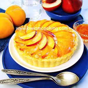 Пирог песочный «Тарт» с персиками и франжипаном