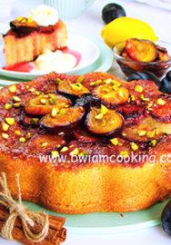 Пирог перевернутый со сметаной и сливами
