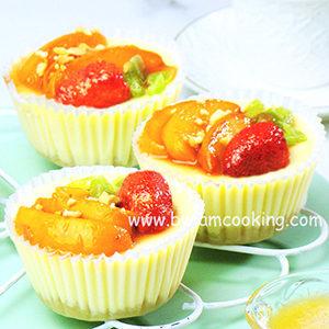 Чизкейк творожный с медовыми фруктами