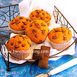 Кексы «Маффины» шоколадные со сгущенкой