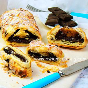 Пирог из слоеного теста с шоколадом