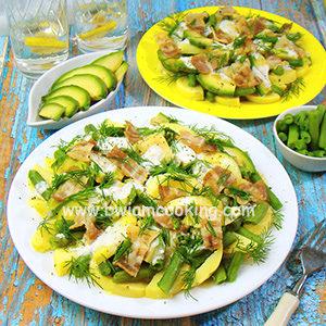 Картофельный салат с авокадо и фасолью