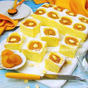 Простой пирог с абрикосами в духовке