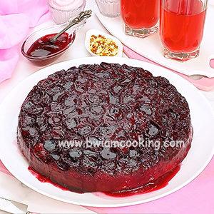 Пирог «Перевертыш» с вишней в духовке