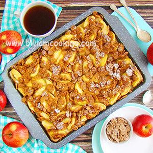 Пирог дрожжевой масляный с яблоками