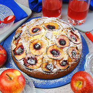 Пирог с яблоками и вареньем в духовке